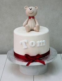 1__teddy_bear_christening_cake_2126561493