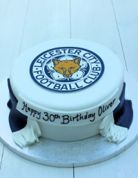 4__football_scarf_birthday_cake