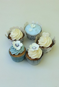 Blue Cupcakes, Ivory Cupcakes