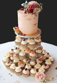 blush_and_gold_wedding_collection__cupcakes_2_95_each_top_cake_90