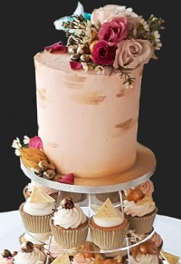 blush_and_gold_wedding_collection_top_cake