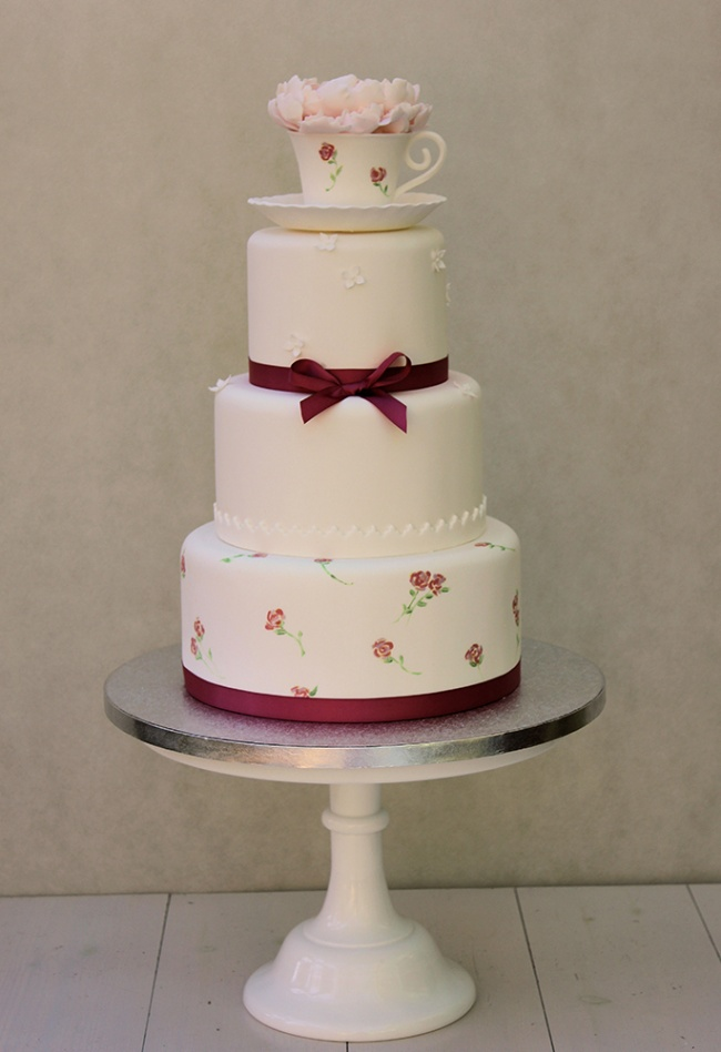 painted_teacup_wedding_cake