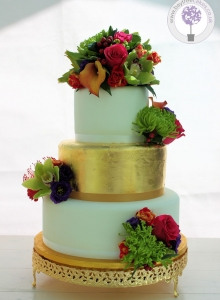 indian summer gold leaf wedding cake