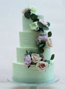 Fresh Flower with Buttercream Wedding Cake