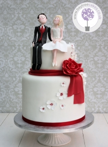 Character & Red Rose Wedding Cake