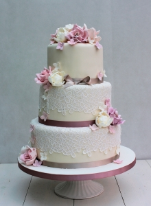 Dusky Rose and Lace Wedding Cake