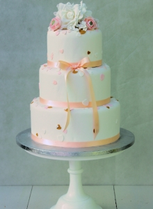 Hearts Confetti Wedding Cake