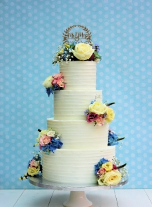 Buttercream with Fresh Flowers Wedding Cake