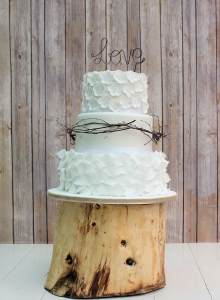 Rustic Rose Leaves Cake